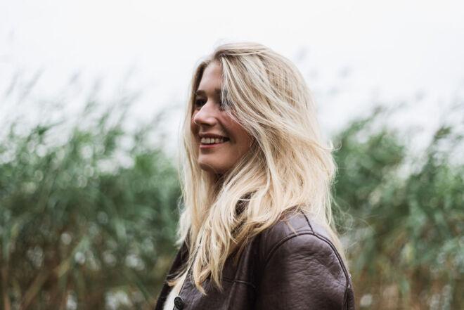 Michelle_Piergoelam-5thAVENUE-OUTDOOR-33