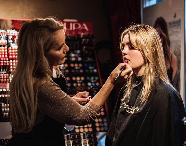 Ida Driessen Hair & Make-up - Hairstyling en make-up - Pupa Milano